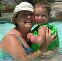 Mom_and_fletch_in_pool